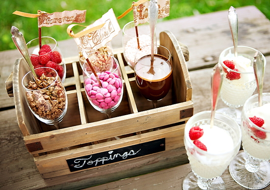 dessert-toppings-bar